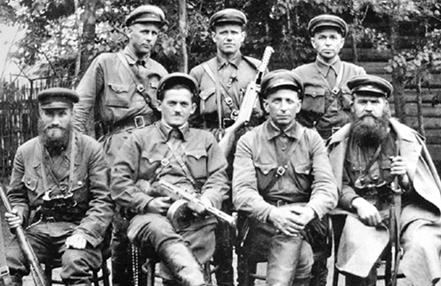 Организаторы партизанского движения