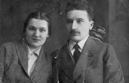 Аркадий Смолич с женой. 1920 г.