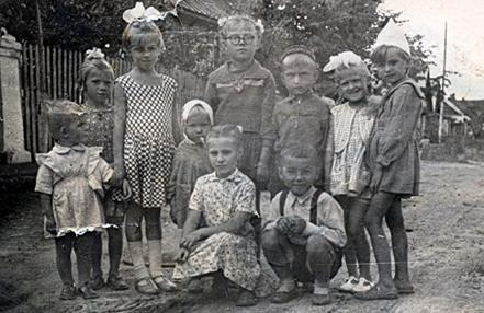 Маленькие жители частного сектора. 60-е гг. 20 в. фото